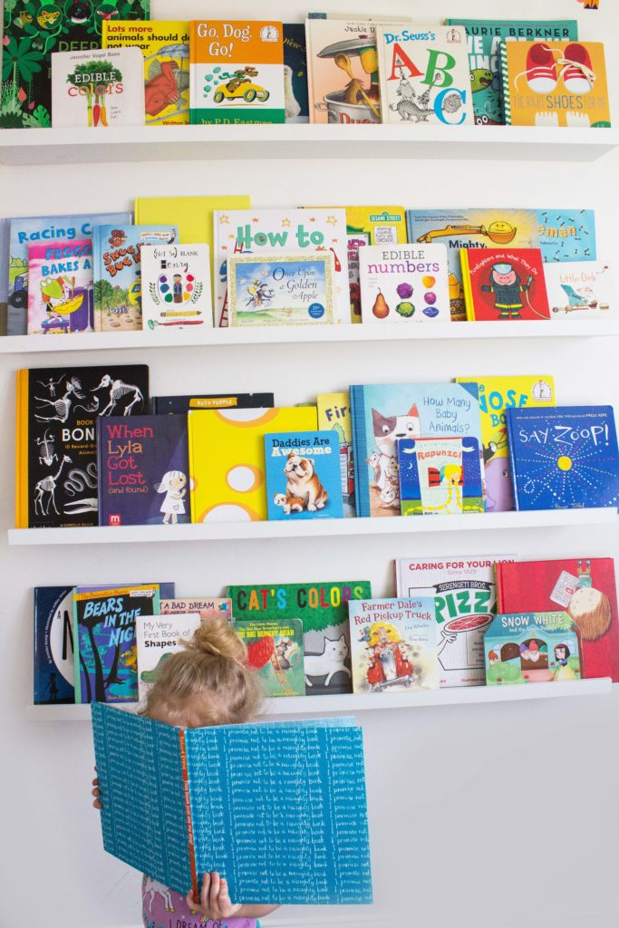 10 tips for building a home library on a budget book - Tips for building a new home ...